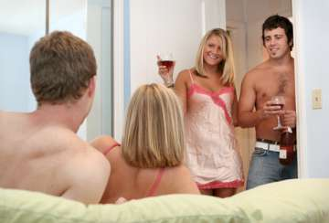 Swingers, wife swaps and threesomes!
